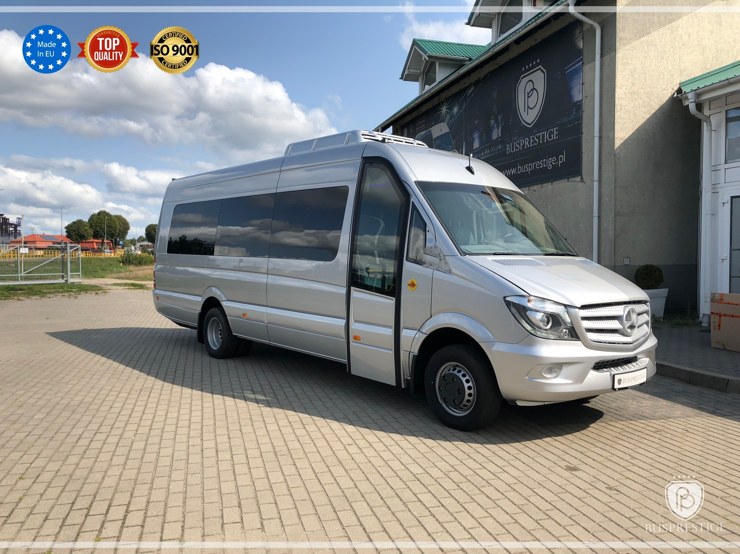 bus_prestige_sprinter_front_photo